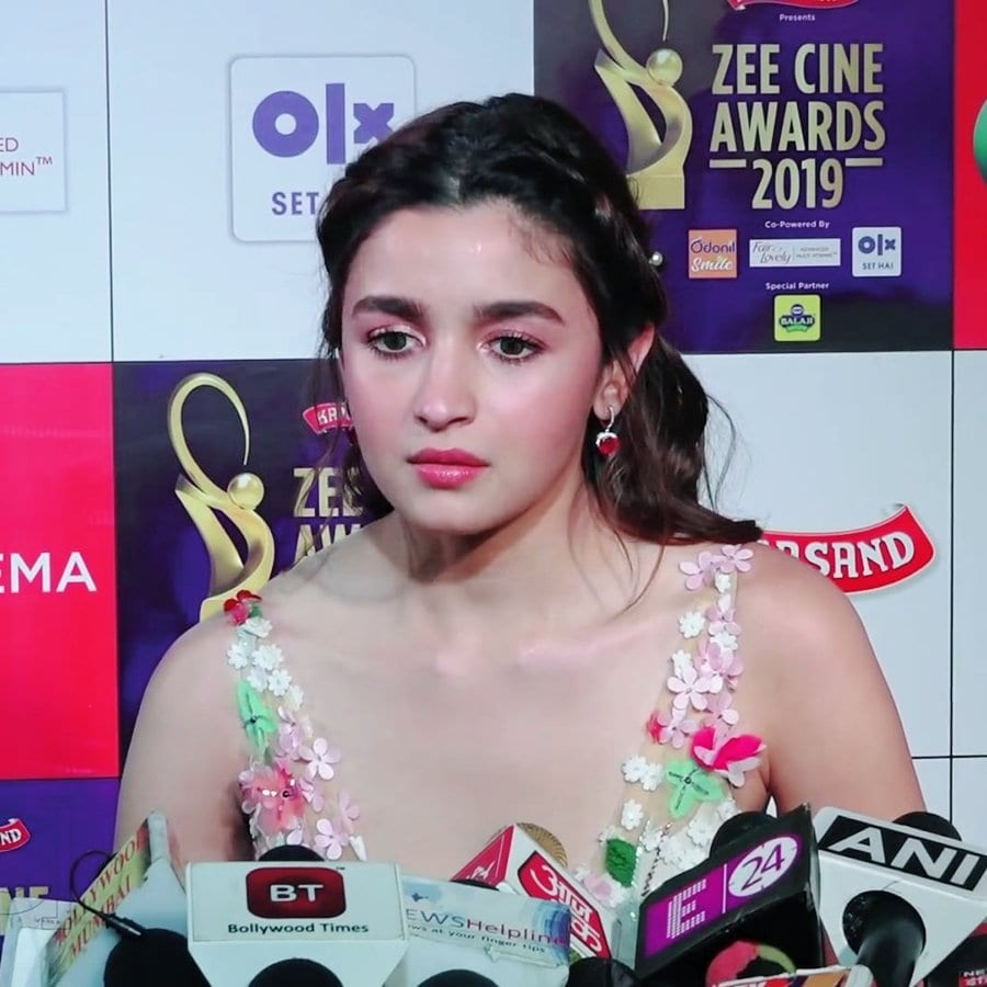Alia Bhatt Net Worth in 2020 with Biography, Age, Height ...