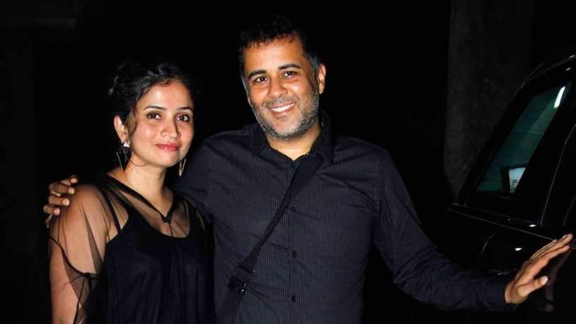 chetan bhagat wife
