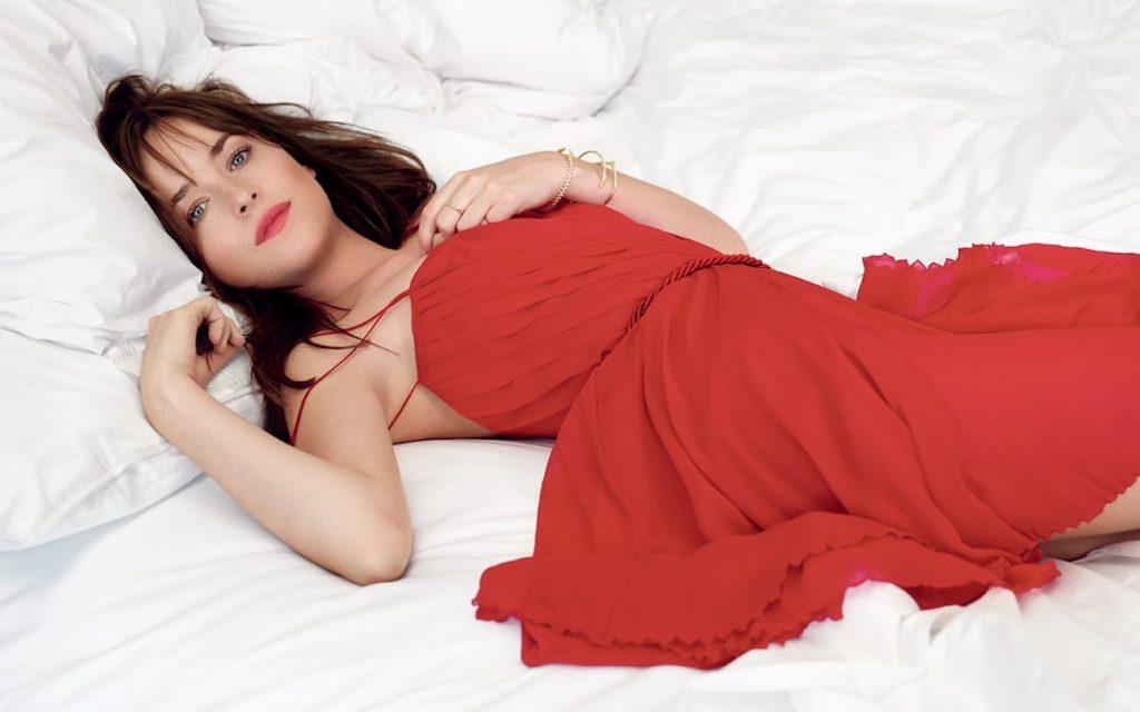 Dakota Johnson hot in red dress