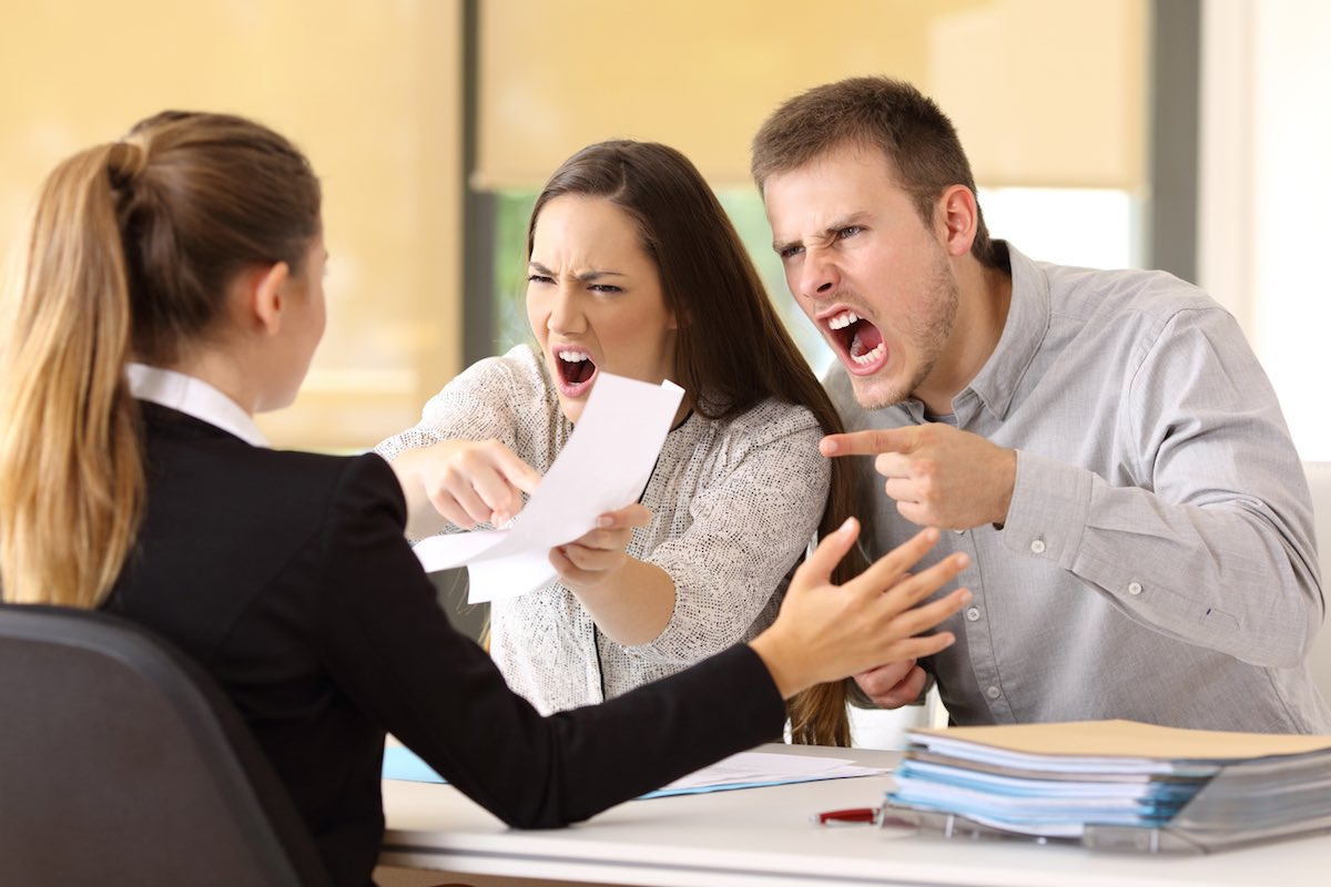 Signs You Hired a Bad Lawyer